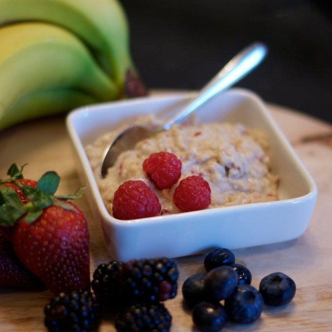 Fuel Your Preparation Morning Oats with Raspberry (6 tins)